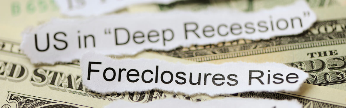 """Image of US dollars overlaid with text from two news headlines: """"US in Deep Recession"""" and """"Foreclosures Rise"""""""